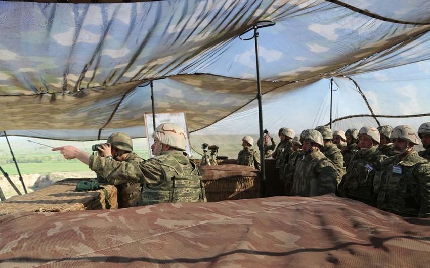 Azərbaycan ordusunun genişmiqyaslı təlimləri çərçivəsində qoşunlarda döyüş fəaliyyəti aparılır