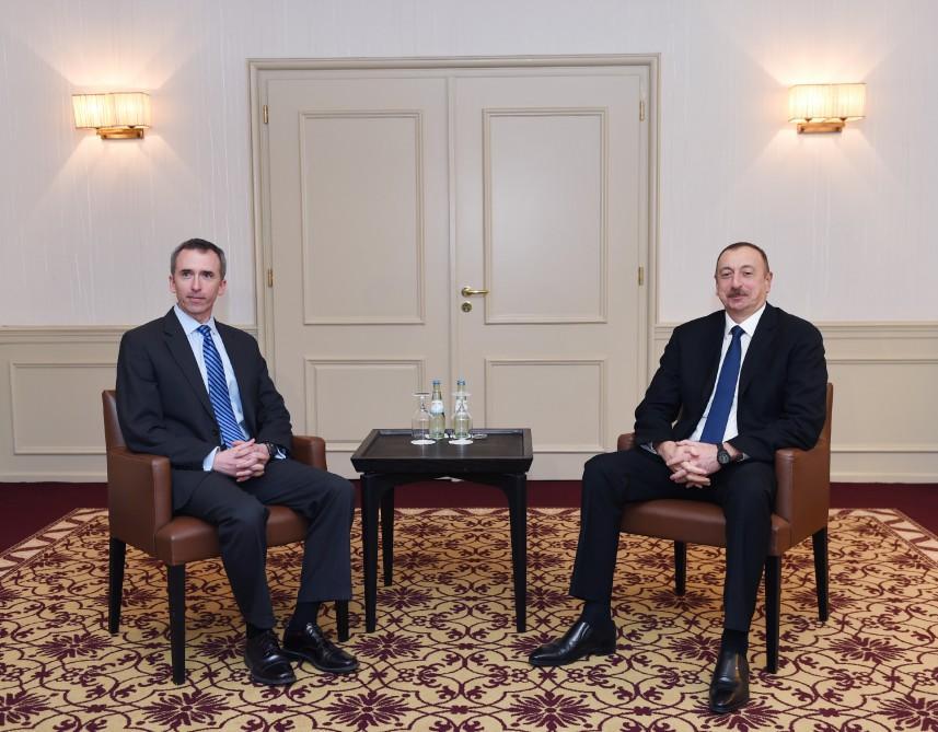 Президент Азербайджана встретился с заместителем секретаря обороны США по разведке