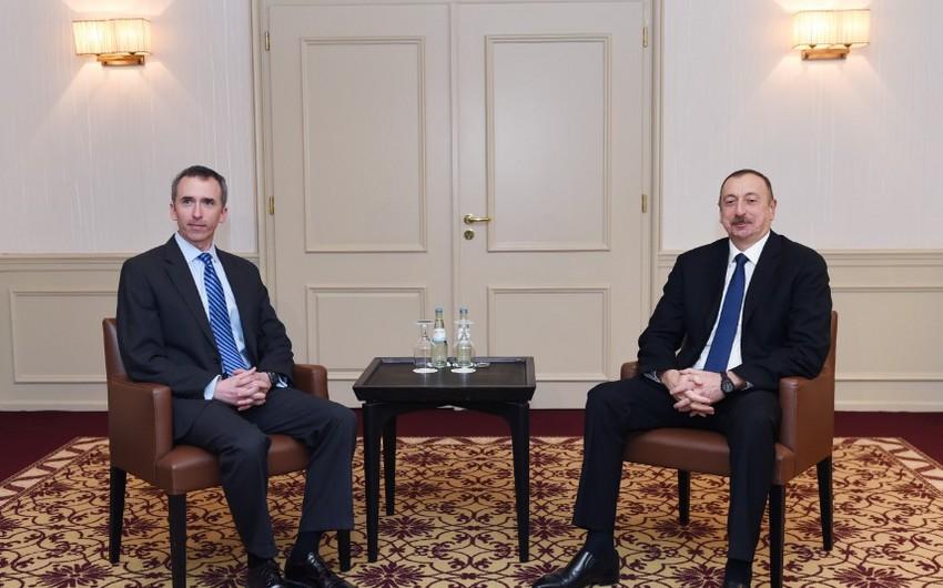 Prezident İlham Əliyev ABŞ müdafiə katibinin kəşfiyyat üzrə müavini ilə görüşüb