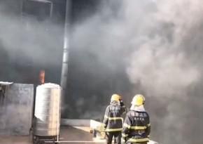 На востоке Китая восемь человек погибли в результате пожара на фабрике