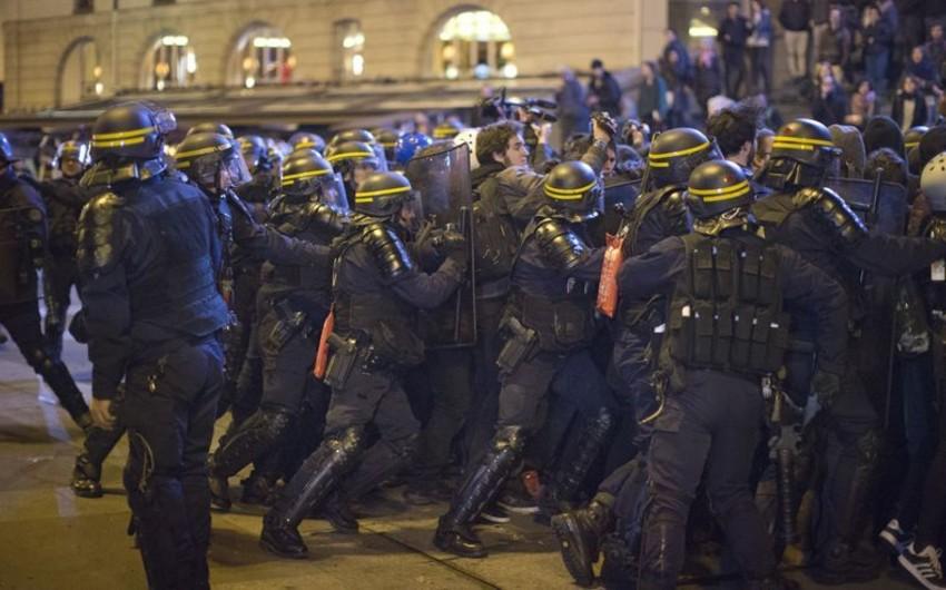 Parisdə antikapitalist yürüşünün 141 iştirakçısı tutulub