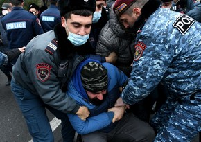 В Ереване задержали более 40 участников акций протеста