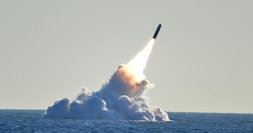 ABŞ ballistik raketi uğurla sınaqdan keçirib