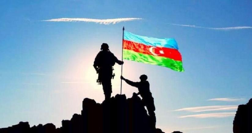 Azərbaycanın tanınmış idmançıları Anım Günü ilə bağlı paylaşımlar ediblər