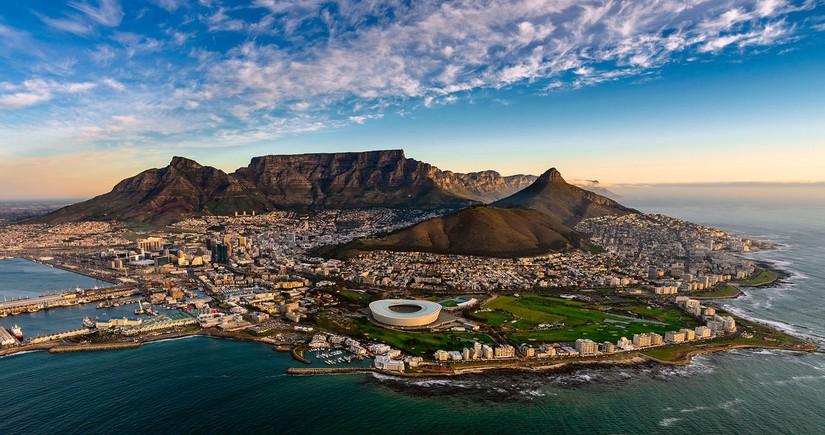 Еще одна страна открывает границы для иностранных туристов