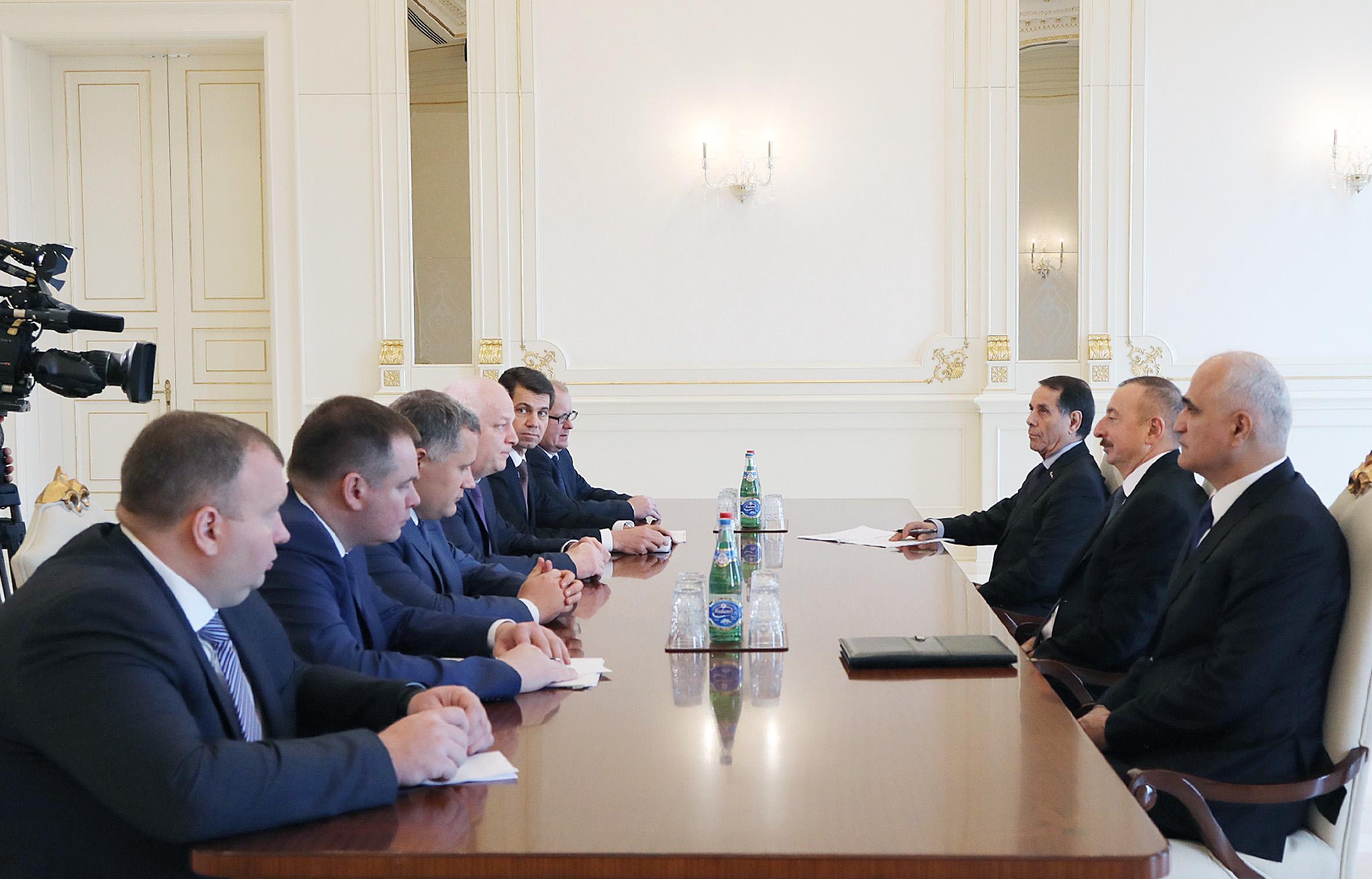 Президент Ильхам Алиев принял делегацию во главе с первым заместителем премьер-министра Украины
