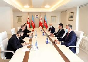 Jeyhun Bayramov meets with Georgian PM