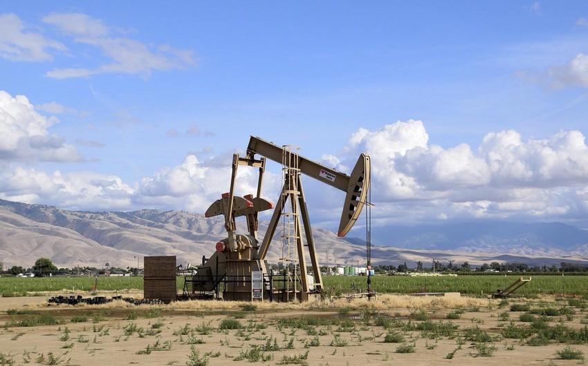 ABŞ-da neft ehtiyatlarının azalması bazara təsirsiz ötüşməyib