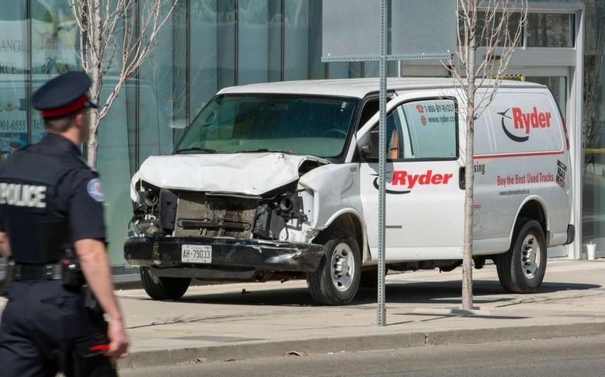Torontoda furqonun piyadaların üzərinə sürülməsi nəticəsində 9 nəfər ölüb, 16-sı yaralanıb - VİDEO - YENİLƏNİB-2