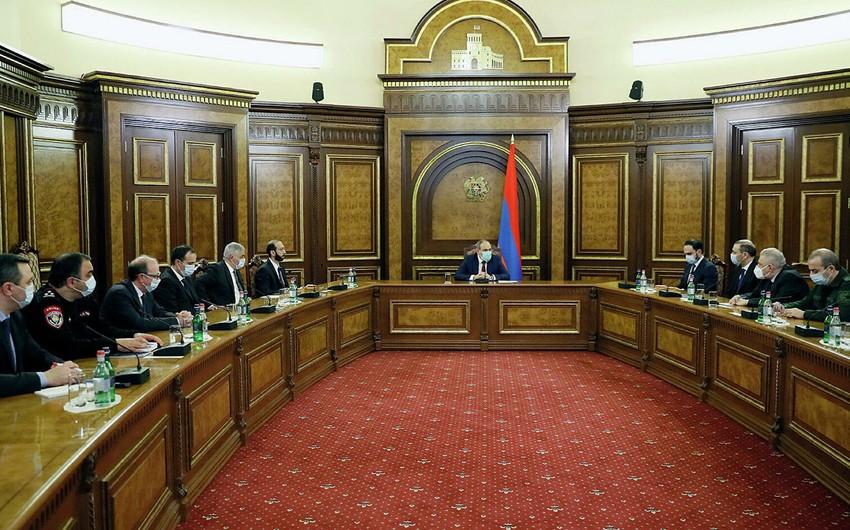 Совбез Армении призвал президента уволить главу Генштаба