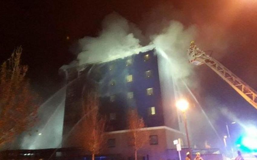 На западе Лондона горит склад - ФОТО - ВИДЕО