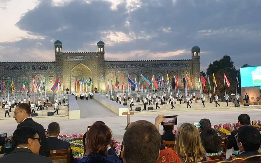 Özbəkistanda Birinci Beynəlxalq Xalq Tətbiqi İncəsənət Festivalının açılışı olub