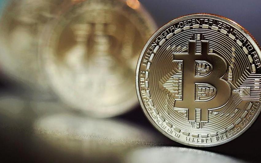 Bitkoinin məzənnəsi sutka ərzində 13 faiz aşağı düşüb