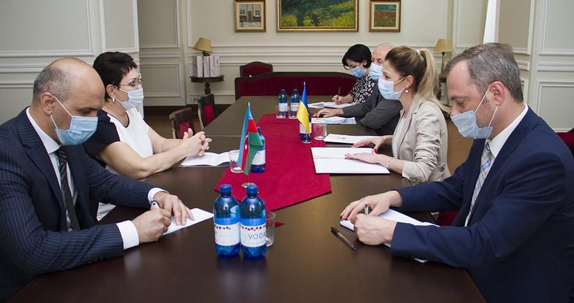 Украина поблагодарила Азербайджан