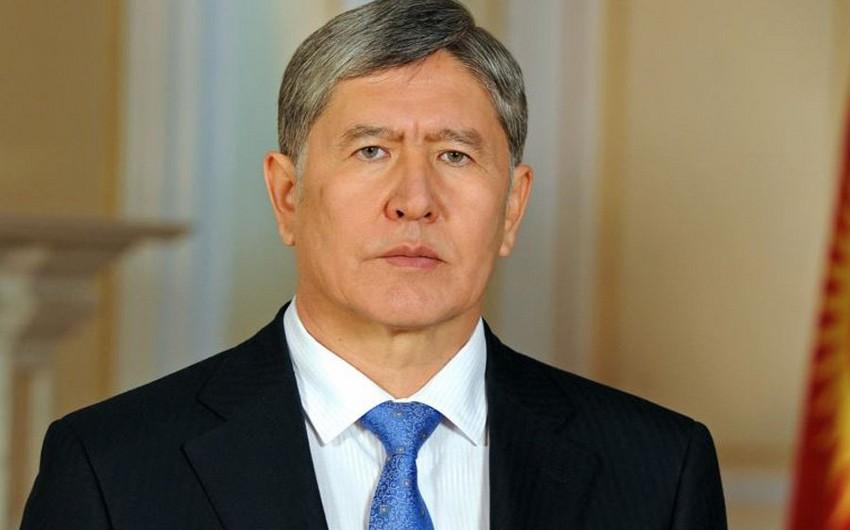Суд продлил срок ареста экс-президента Кыргызстана