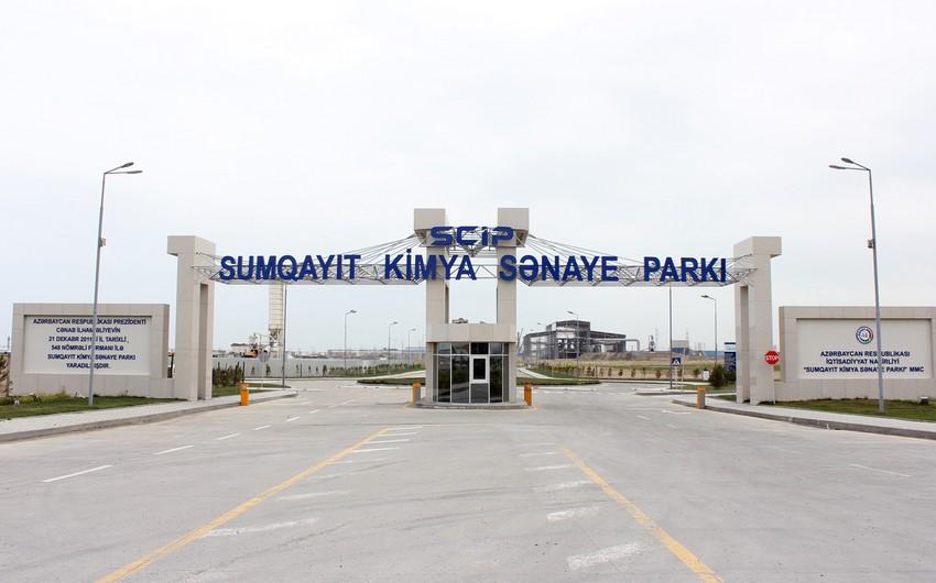 """""""Sumqayıt Kimya Sənaye Parkı"""" şəhid əməkdaşının məzarını ziyarət edib"""