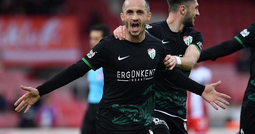 Azərbaycan millisinin futbolçusu Türkiyə klubunda ilk qolunu vurub