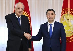Azərbaycan səfiri Qırğız Respublikasının Prezidenti ilə vida görüşü keçirib
