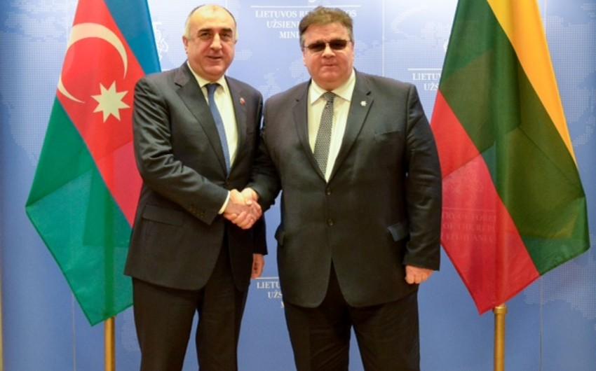 Elmar Məmmədyarov Litvanın xarici işlər naziri Linas Linkeviçius ilə görüşüb