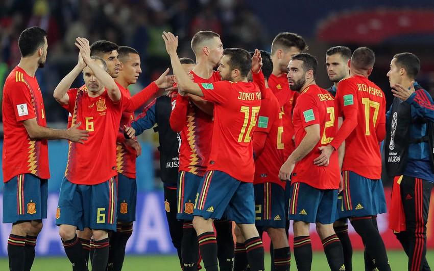 Сборная Испании впервые в истории попытается обыграть страну-хозяйку