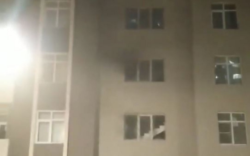 Fire breaks out in Baku residential complex