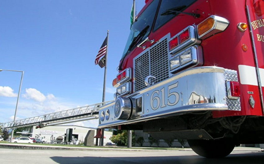 Texasda neft emalı zavodunda yanğın nəticəsində 7 nəfər xəsarət alıb