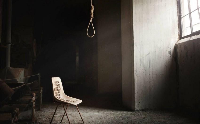 Biləsuvar sakini intihar edib