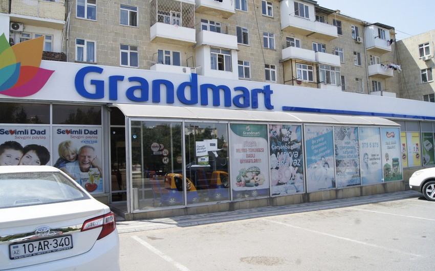"""""""Grandmart""""ın şöbə müdiri: """"Mağazanın kassasından aparılan 65 min manat dörd günlük satış həcmidir"""""""