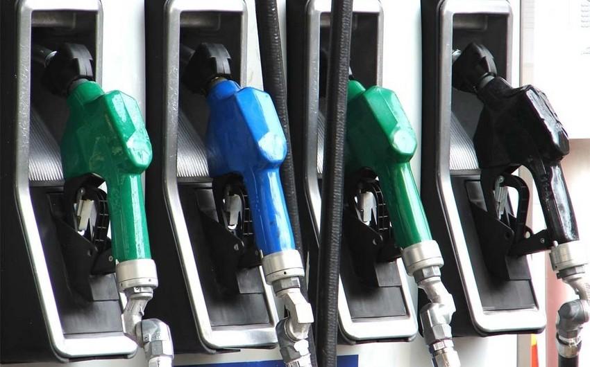 Azərbaycanda avtomobil benzini istehsalı 2% artıb