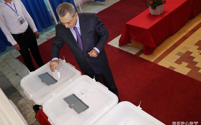 Prezident Administrasiyasının rəhbəri Ramiz Mehdiyev səs verib