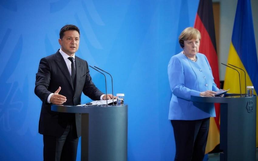 Merkel Ukraynadan qaz tranzitinin müddətini artırmaq istəyir