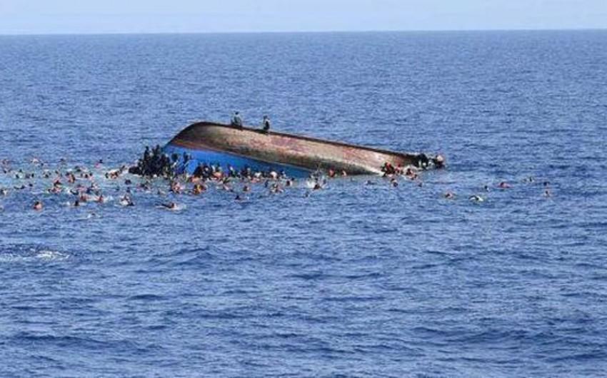 Nigeriyada göyərtəsində 160 nəfər olan gəmi çevrilib, onlarla insan itib
