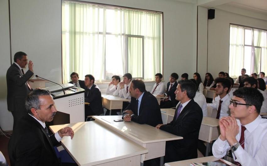 Multikulturalizm Mərkəzi Naxçıvan Dövlət Universitetində monitorinq aparır