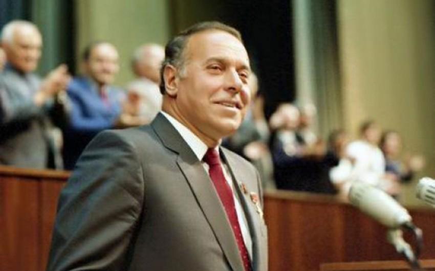 """Heydər Əliyevlə bağlı film """"TBK"""" telekanalında nümayiş olunub"""