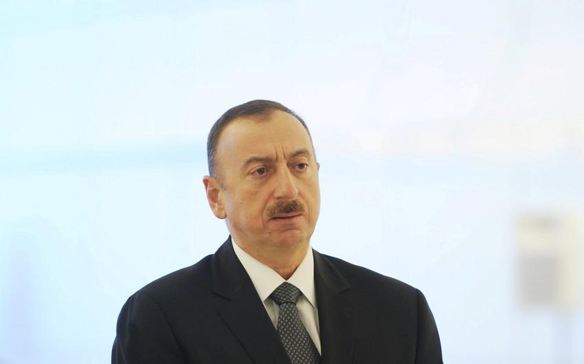 Prezident İlham Əliyev Bakı Fransız Liseyinin açılışında iştirak edib