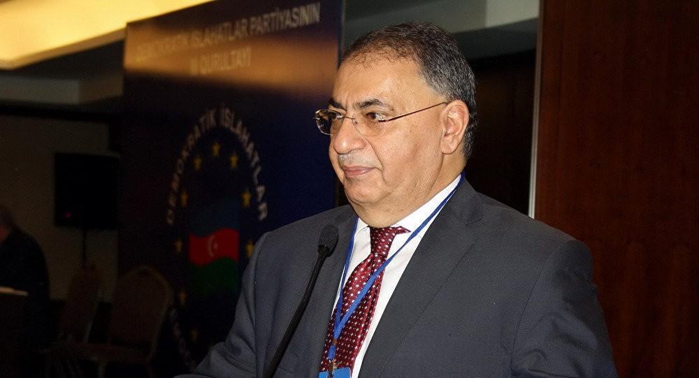 Deputat Asim Mollazadə