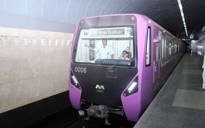 Rusiyadan Bakıya yeni metro vaqonları yola salındı
