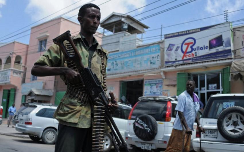 Somalidə baş vermiş terror aktında 17 nəfər xəsarət alıb