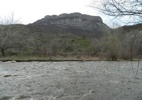 Загрязнение Арменией реки Охчучай привело к массовой гибели рыб