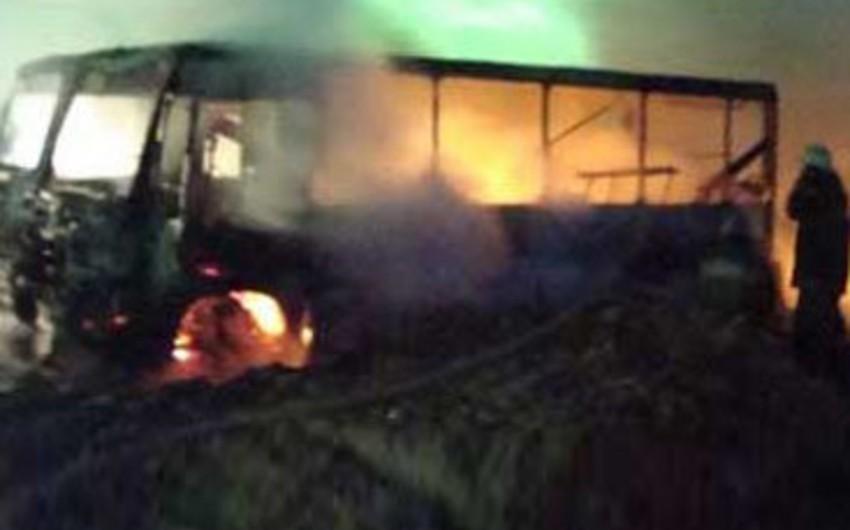 Bakıda sərnişin avtobusları yandı