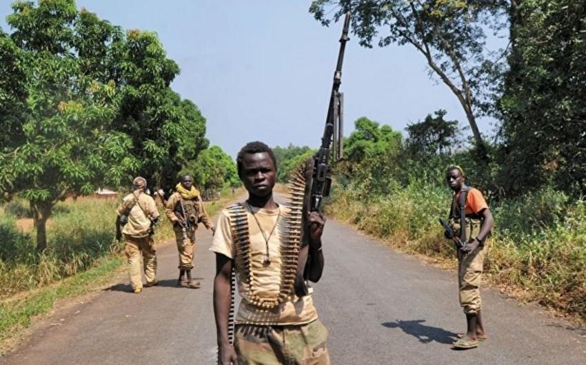 Mərkəzi Afrika Respublikasında silahlı qruplaşmalarla sülh müqaviləsi imzalanıb