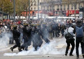 Fransada avtomobillər yandırılıb, mağazalar talan edilib, saxlanılanlar var