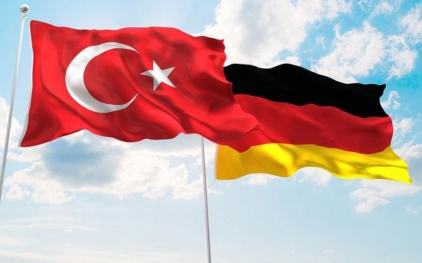 Президенты Турции и Германиипровели телефонный разговор