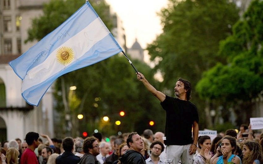 Argentina protest against pension reforms injuries over 160 people