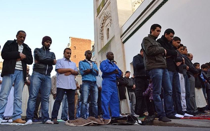 Fransa hökuməti məscidlərin sayının artırılmasını dəstəkləyib