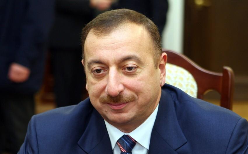 Azərbaycan Prezidenti yunan-Roma güləşi üzrə dünya kuboku qazanmış milli komandanın üzvlərini qəbul edib