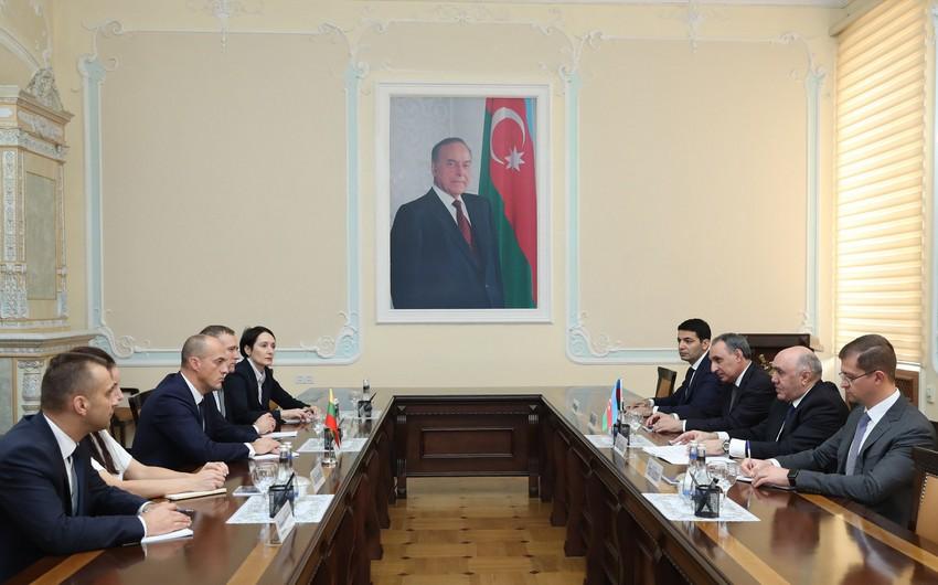 Zakir Qaralov Litvanın Xüsusi İstintaq Xidmətinin baş direktoru ilə görüşüb