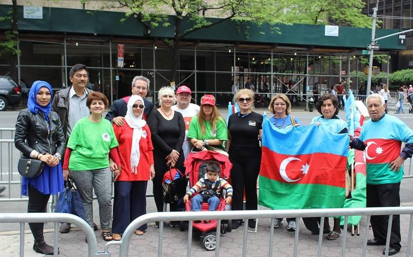 Nyu-Yorkda keçirilən türk yürüşündə Bakı-2015 stendi nümayiş etdirilib - FOTO