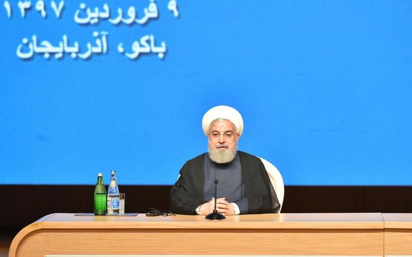 Həsən Ruhani: İran və Azərbaycan bir-birinin yanında olmalıdır