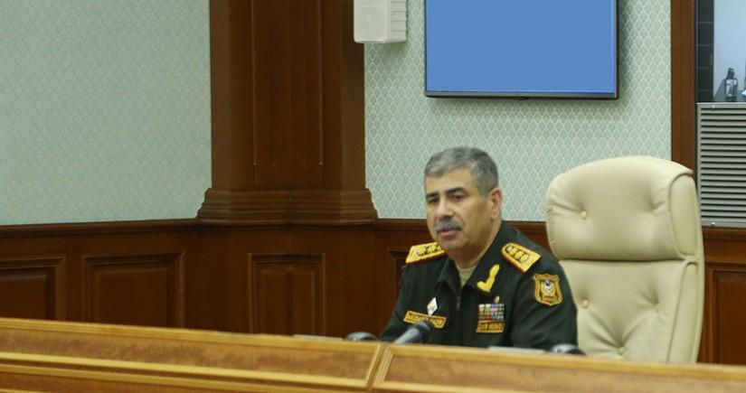 Zakir Həsənov ordunun döyüşə hazırlıq səviyyəsini yoxlayıb, tapşırıqlar verib